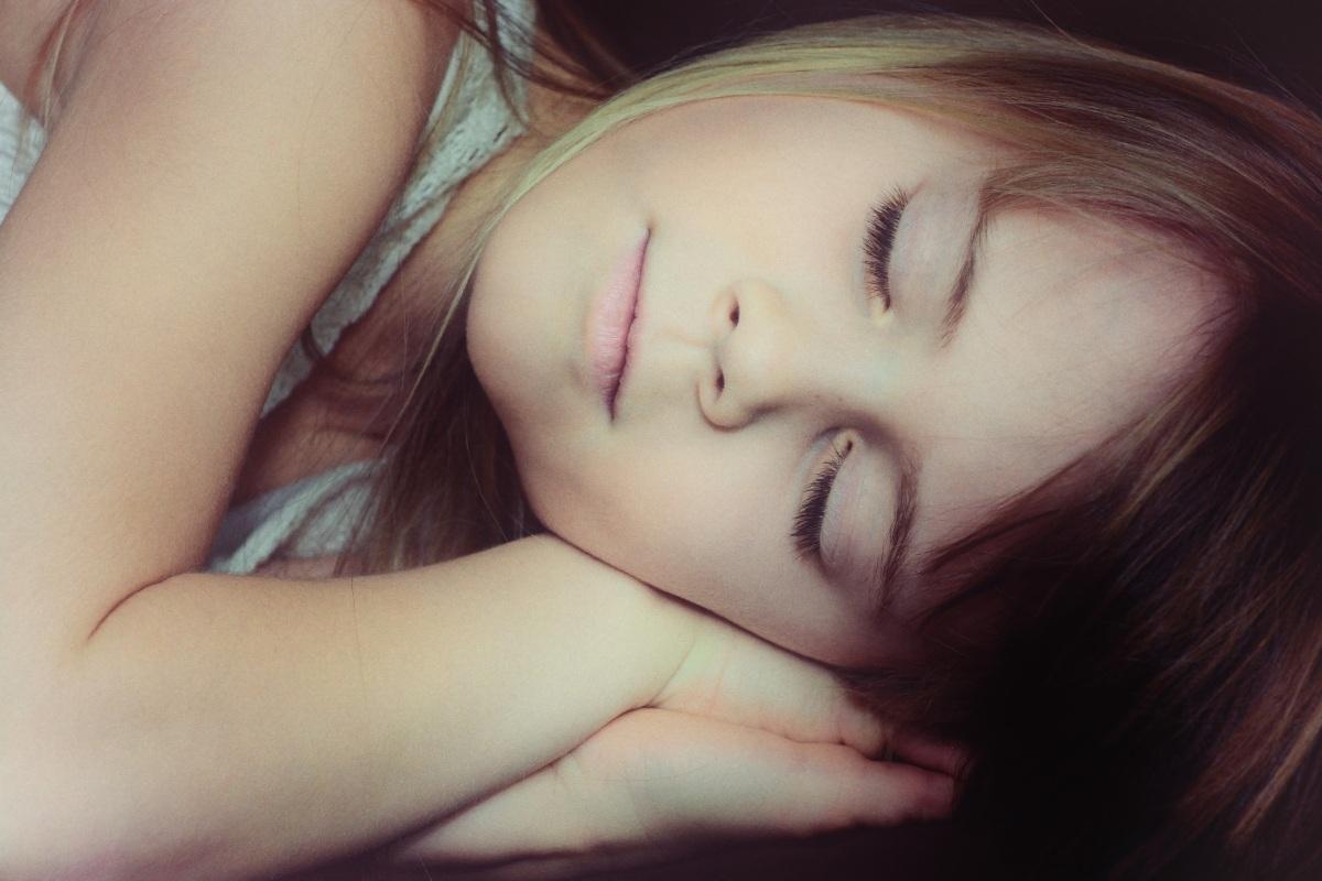 9 trucs pour gérer les angoisses d'un enfant au coucher