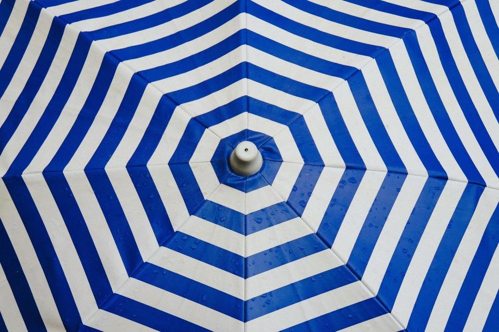 umbrella-691229_1920